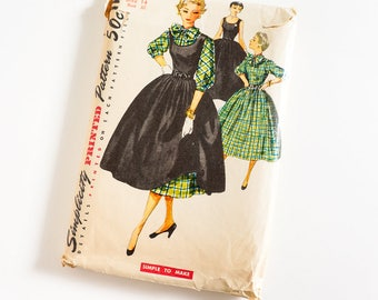 Vintage 1950s Womens Size 14 One-Piece Full Skirt Dress and Jumper Simplicity Sewing Pattern 4814 Complete / b32 w26 / Simple To Make