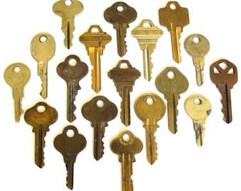 18 vintage keys Key collection Vintage keys with writing Blank keys Number keys Cheap keys Keys for stamping Stampable Craft keys BK A1 #1B
