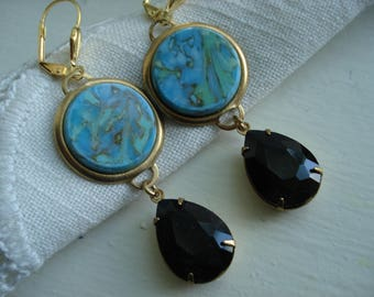 Vintage Art Deco Carved Turquoise and Black Onyx Faceted Glass Teardrops Gold Earrings