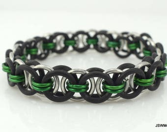 Men's Black and Green Stretch Chainmail Bracelet, Women Black and Green Stretch Chainmaille Bracelet, Unisex Jewelry, Cyber Monday