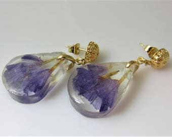 Purple Stasis, Real Flower Post  Earrings,   Pressed Flower Jewelry, Resin (2072)