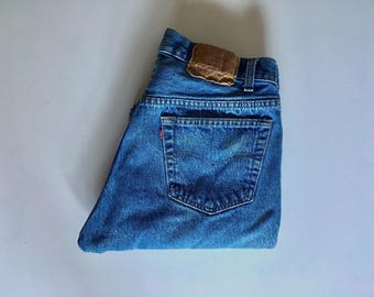 Vintage Men's 90's Levi's 505 Jeans, Straight Leg, Red Tab, Denim (W32xL31)