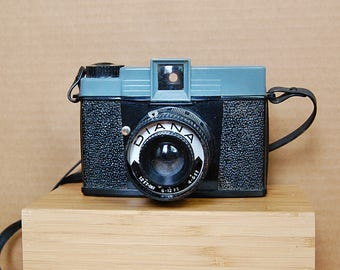 Vintage Diana Plastic Toy Camera Medium Format Film Photography 1960s.