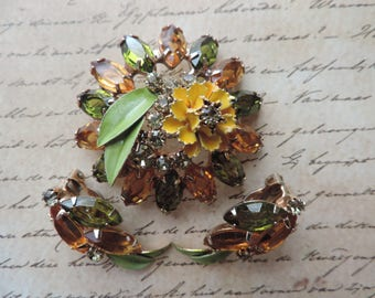 citrine demi parure gold and green enamel floral brooch and clip-on earrings vintage jewelry