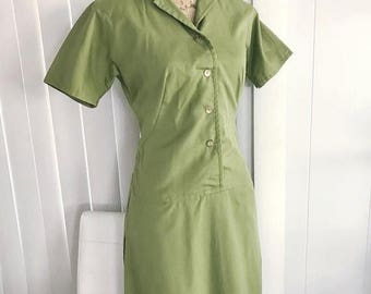 40% OFF Christmas in July Vintage 1960's Green Cotton Dress Frock -- Adorable -- Retro -- Size M