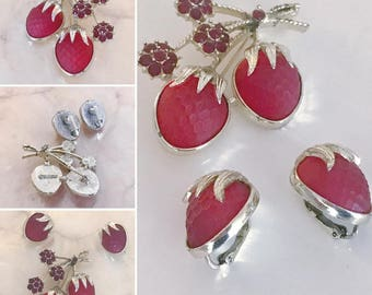 Gorgeous Vintage Sarah Coventry Strawberries Brooch and Matching Clip On Earrings