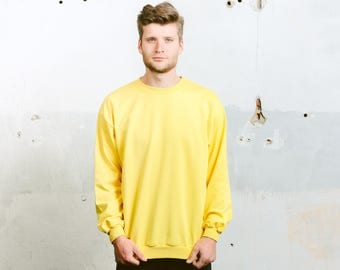 Graphic Print Sweatshirt . Vintage 90s Sweater Retro Oversized Sweater Yellow Jumper Bold Sweater Hipster Outfit Boyfriend Gift . size Large