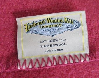 Faribault Faribo Lambswool Blanket Queen Size 90 x 90 Deep Dusty Rose Pink Pure & Simple