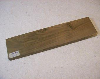 Black Walnut Board / Lumber / Beautiful Grain Walnut / 13 X 3 1/4 X 3/4 Inches / A75