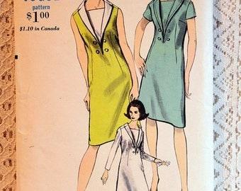 """ON SALE Vogue 6482, Misses' Dress Sewing Pattern, Misses' Easy Dress Pattern, Vintage Vogue Sewing Pattern, Misses' Size 12, Bust 32"""", Uncut"""