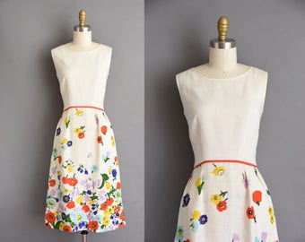 1950s vintage dress. 50s vibrant floral white linen vintage wiggle dress