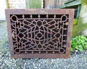 Antique Cast iron Grate Floor Wall Architectural salvage Deco Victorian Gothic Decorative