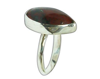 Bloodstone and Sterling Silver ring, Size 7  r7bse2843