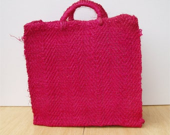 Vintage 1970's hand made Hot Pink beach straw bag