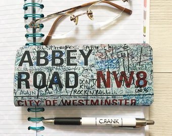 Abbey Road Glasses Case - The Beatles Reading Glasses Case - Soft Glasses Case - Spectacles Case - Eye Glass Case - Free Cleaning Cloth