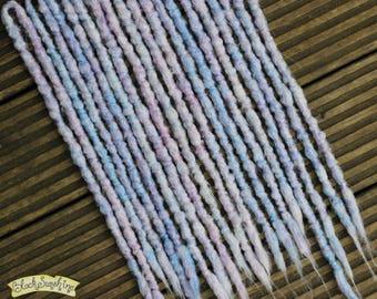 Shiver 10x DE Crochet Synthetic Dreads - white purple blue