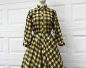 Vintage 1980 designer Norma Kamali jaune et bleu checker manches chauve-souris jupe robe taille S M