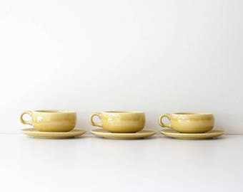 Vintage Russel Wright - American Modern - Steubenville - Chartreuse Cups & Saucers