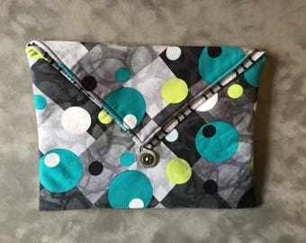Retro Polka Dot print Padded Clutch Bag  - Perfect Travel case for cosmetics, Kindle, Nook, e-readers