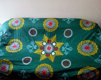 Vintage Uzbek silk embroidery on green cotton suzani. Bed cover, wall hanging, home decor suzani. SW009