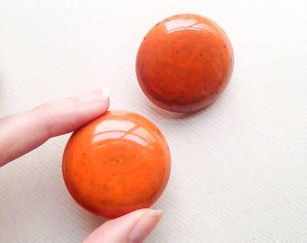 1940s Orange & black marbled Bakelite huge earrings / 30s 40s tomato soup large disc clip on earrings