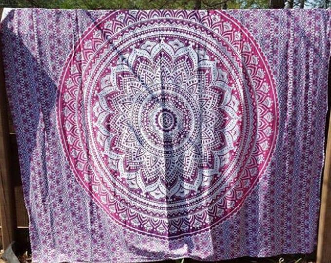 Pink and White Mandala Tapestry Boho Hippie Tapestry Wall Hanging Beach Blanket Yoga Meditation Mat Dorm Decor Music Festival