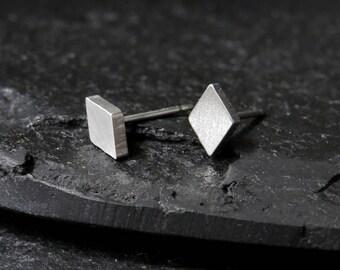 Rhombus post earrings / diamond shape studs / diamond shaped earrings / rhombus stud earrings / stainless steel earrings