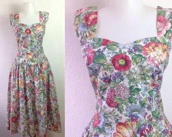 Vintage Tea Dress  80s Floral Dress  Garden Party Dress  Smocked Bodice Dress  Stretch Bodycon Dress  USA Made Tropical Floral Dress S small