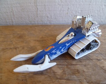 "Mattel Hot Wheels ""Big Chill SnowMobile"" 1995"