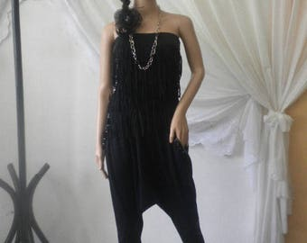 Non-standard skirt with bustier fringe