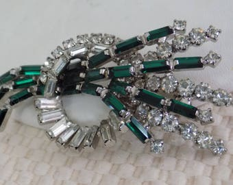 Vintage brooch, Stunning elegant retro green and clear baguette floral brooch, designer quality jewelry