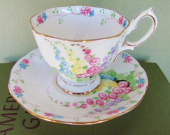Tea Cup And Saucer Set English Royal Albert Bone China ROA72 From 1960s-1970s Malvern Shape