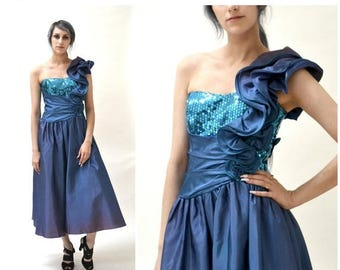 SALE 80s Prom Dress with Blue Sequins small medium// 80s Vintage Pageant Party Dress by Nadine Size Small Medium Ombre Asymmetrical