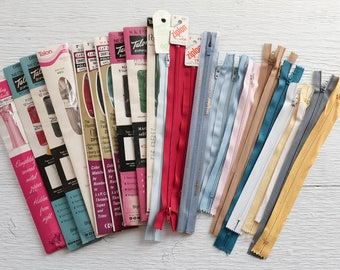 Vintage Zippers - 26 Piece Lot - Mostly Nylon Skirt Zippers 7 - 12 Inch