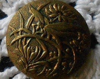 "Antique Paris-Back Brass Button - Insect/Bird - 7/8"""