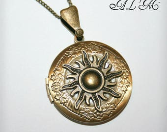 Locket necklace with Sun and background eggshell (p)