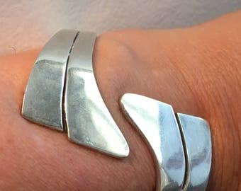 "STERLING SILVER MEXICO Taxco Cuff Clamper 64.6 Grams Bracelet Large Wide Sleek 2.25"" Long"