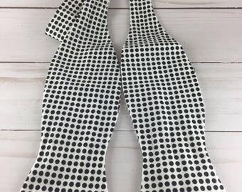 Handmade, Accessories, Adjustable bow tie, White and black polkadot bow tie, White with Black Polka Dots, men's bowtie, bowtie for wedding