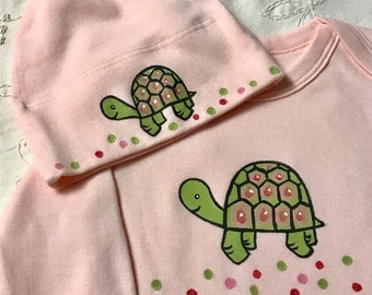 Turtle on pink Organic cotton Baby Bodysuit and hat set, Hand Painted Baby Romper and Hat Set with Turtle