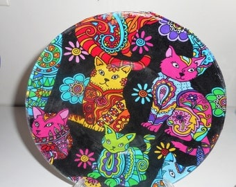 fabric backed plate, cat design, display plate, desert plate, collector,
