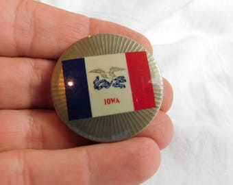 Vintage Iowa State Flag Pin Pinback Button  dr32