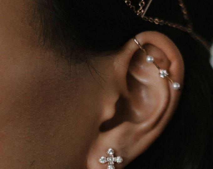 Calliope ear cuff -  upper ear cuff single earring - gold plated 18k pearls earrings - celestial crystal earrings rhinestone  - bridal 20s