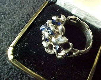 Sterling Silver Ring with 11 Natural Blue Sapphires sz 5 and 11.1 Grams Vintage 80s