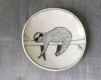 Doodle Range Plate - Smiling Sloth Plate