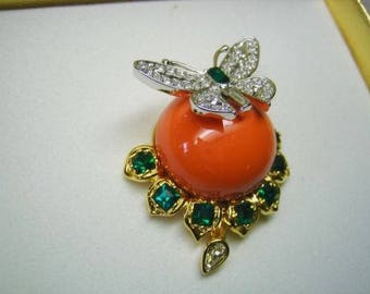 Treasures Of The Duchess of Windsor Brooch By Kenneth J Lane in Box