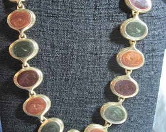 Vintage BEAUTIFUL 70's Gold & Tri Color Pearly Enamel Oval Link Necklace....Green,Russet and Burgundy..JMF15