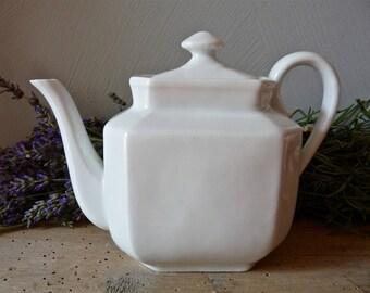 Porcelain French Vintage Teapot - White Porcelain - French Vintage Porcelain - Limoges - French Teapot