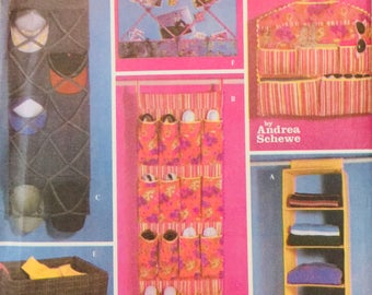 Simplicity 5124, One Size, Teen Room Organizers Pattern, UNCUT, Hanging Shoe Pockets, Storage Wall Hanging, Laundry Bag, Bulletin Board
