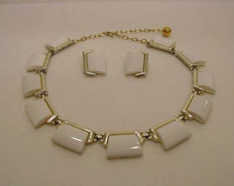 1960s to 1970s Bergere Choker Panel Necklace and Clip On Earrings Demi Parure set