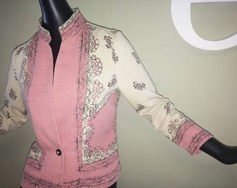 Vintage Hippie Boho India Jacket Pink & Cream Cotton Indian Block Print Timeless 70s 80s or 90s Grunge Era Top with Nehru Collar Size Medium